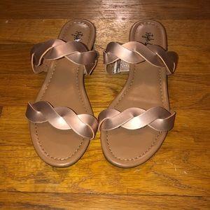 Women's size 5.5 sandals